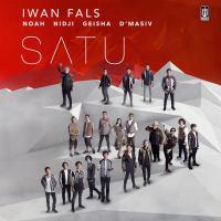 Iwan Fals - Ijinkan Aku Menyayangimu (feat. Geisha).mp3